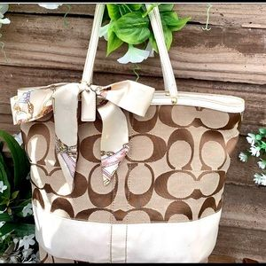 2pc Coach signiture tote with scarf